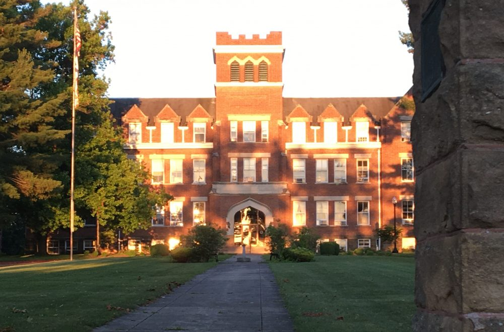 West Virginia Wesleyan College main administration building